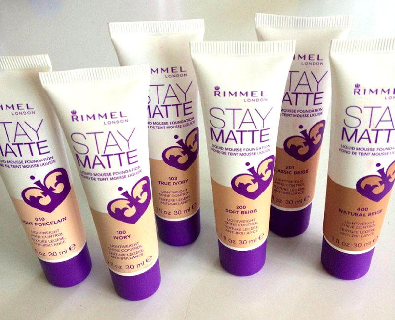 rimmel-stay-matte-liquid-mousse-fond-de-ten