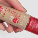 [Review] Rimmel Lasting Finish Foundation 25 Hour