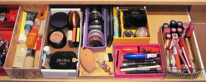 makeup-storage
