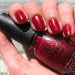 China Glaze Ruby Pumps – Craciunul intr-o sticluta de oja