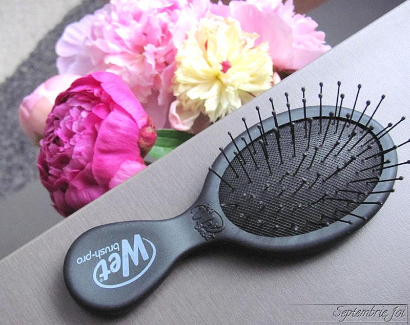 perie-pentru-par-des-wet-brush