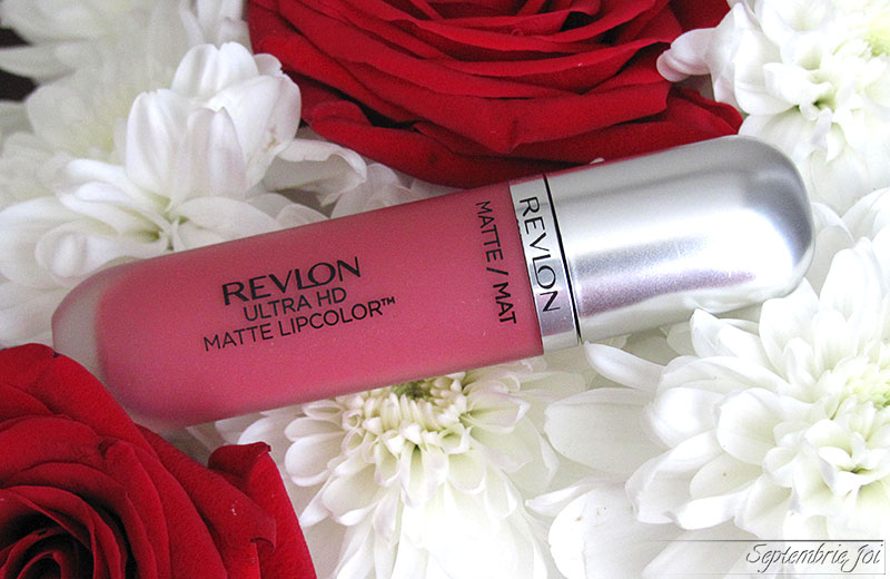 ruj-lichid-revlon-ultra-hd-matte-lips-devotion