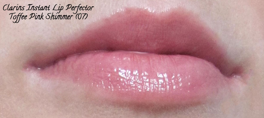 clarins-instant-lip-perfector-toffee-pink-shimmer-07-swatch