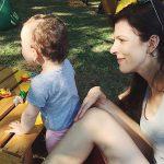 Greu incercata dragoste de sine a unei mame